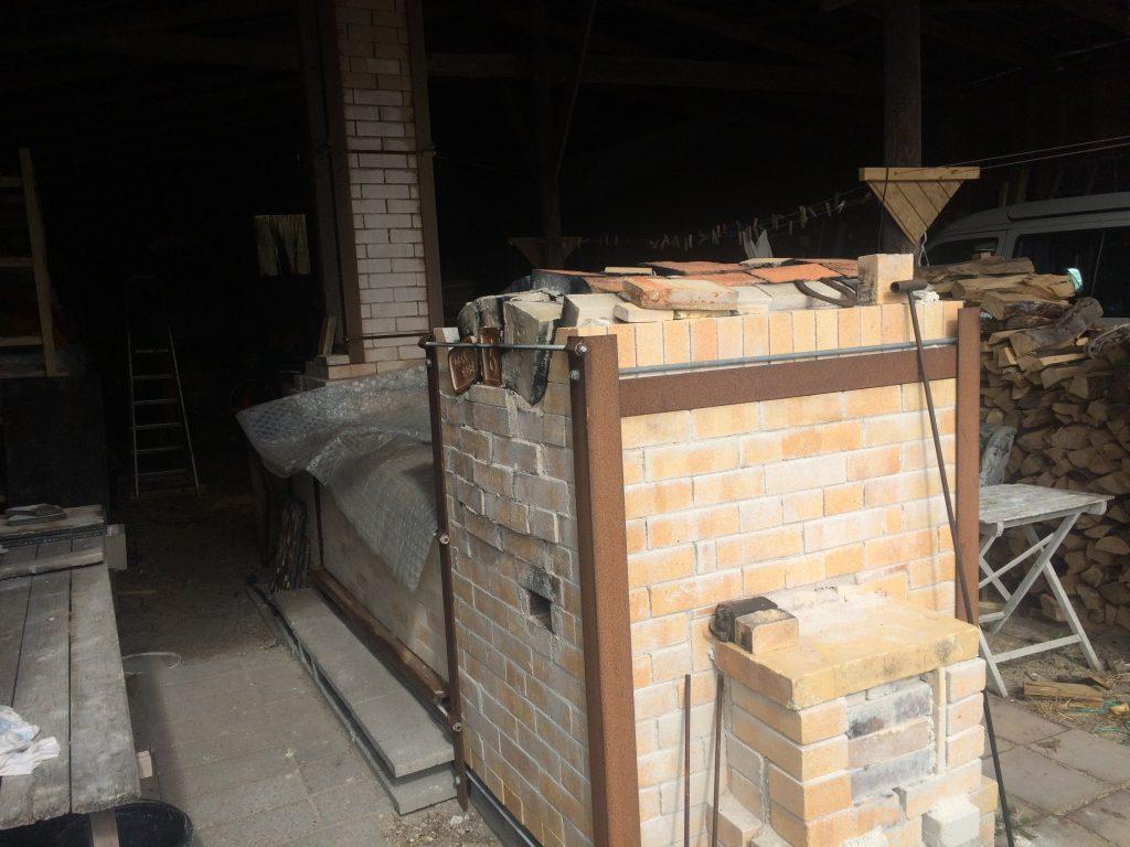 """""""Bourry-boxen"""" - en brændefyret keramik-brændeovn"""